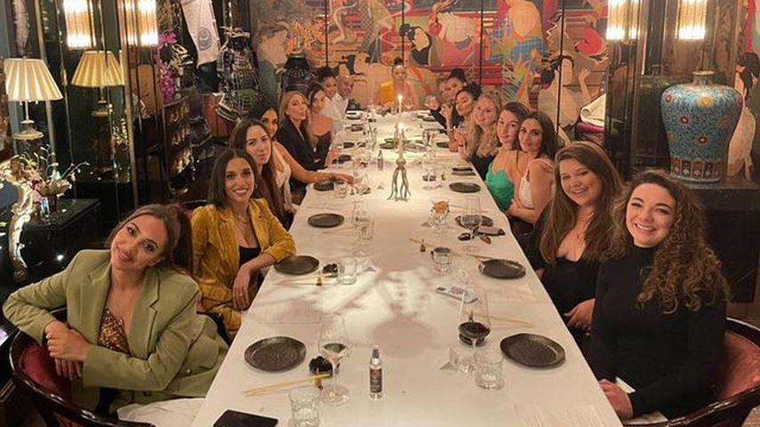 Leigh-Anne Pinnock und ihre Freunde im Oktober 2021