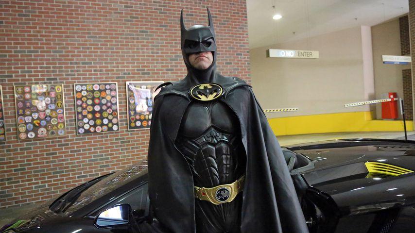 Tragisch: Batman-Imitator stirbt bei Unfall mit Batmobil