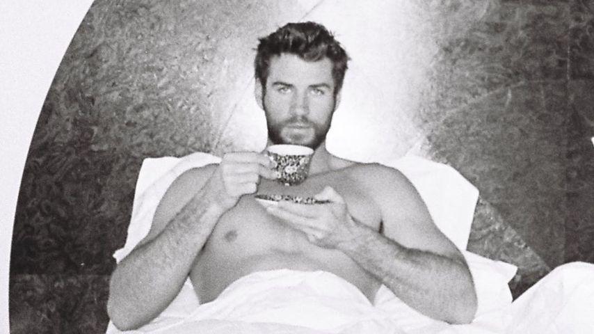 Liam Hemsworth schickt heiße Ostergrüße aus seinem Bett