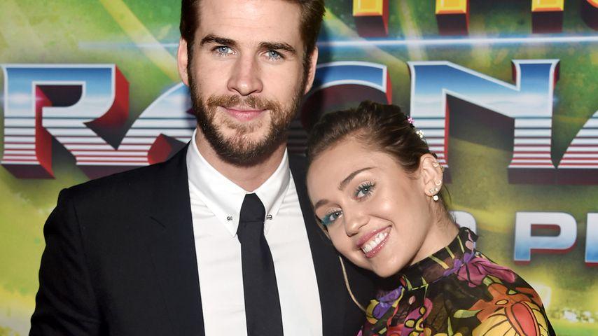 Nach zehn Jahren: Darum heirateten Miley & Liam gerade jetzt