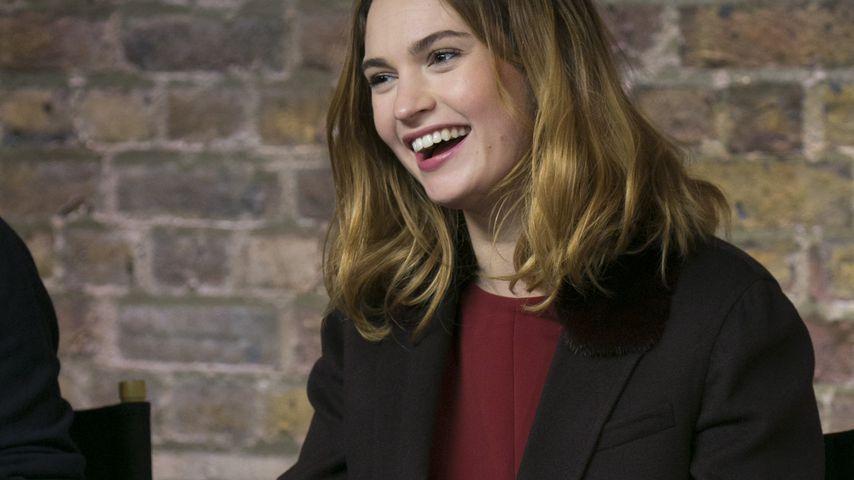 Lily James auf einer Pressekonferenz in London im Februar 2016