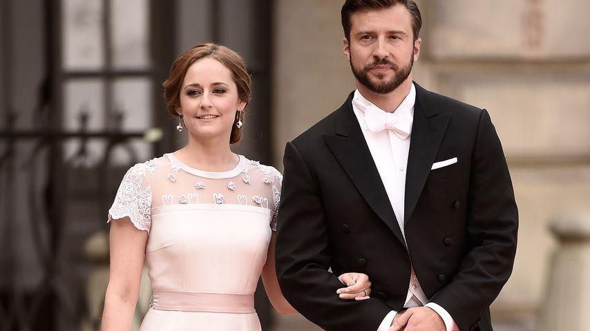 Lina Hellqvist und Jonas Frejd auf der Hochzeit ihrer Schwester Sofia in Stockholm im Juni 2015
