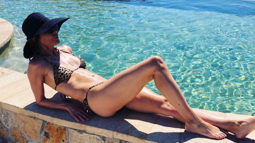 """""""55 und schamlos"""": Lisa Rinna zeigt sich im knappen Bikini"""