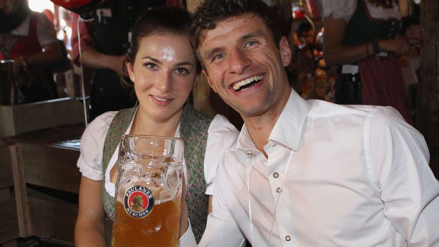 Lisa und Thomas Müller beim Oktoberfest 2015