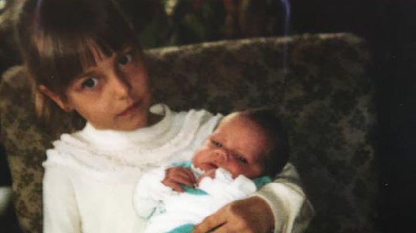 Lisa Wohlgemuth: Süßes Babyfoto mit der Schwester