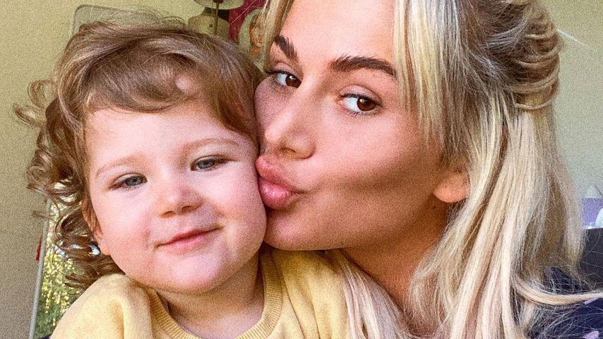 Loredana und ihre Tochter Hana, Oktober 2020