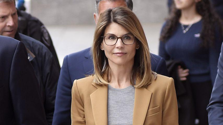 Lori Loughlin beim Gerichtstermin im April 2019