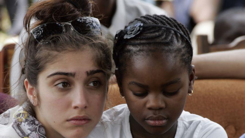 Lourdes Leon und ihre Adoptivschwester Mercy James
