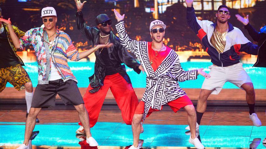 """Prince Damien und Luca Hänni in der 1. """"Dance Dance Dance""""-Show"""