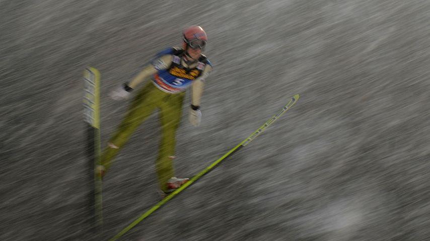 Sturz-Drama! Skisprung-Star (23) ist querschnittsgelähmt