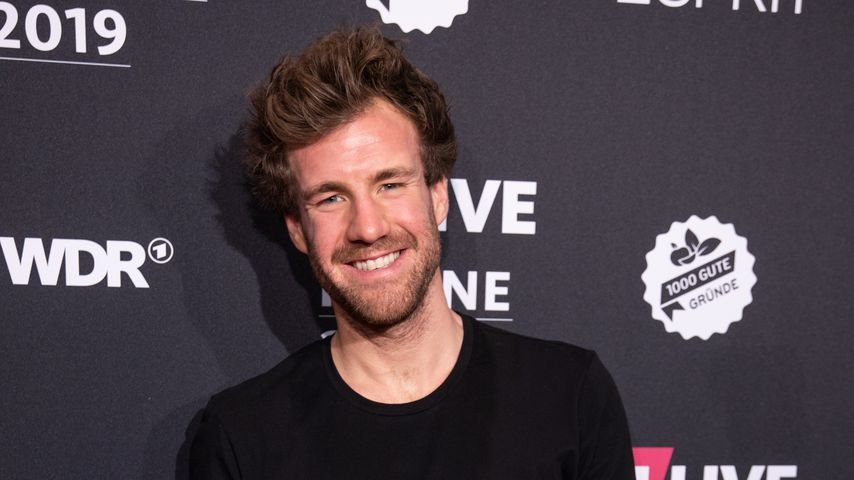 Luke Mockridge, Moderator