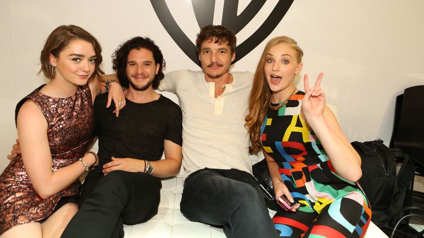 Kit Harington, Sophie Turner, Maisie Williams und Pedro Pascal