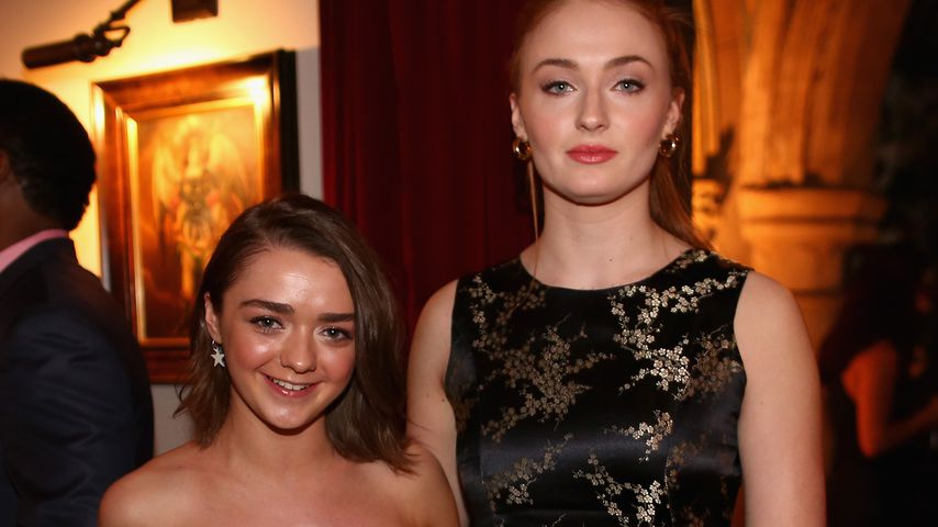 Maisie Williams und Sophie Turner 2015