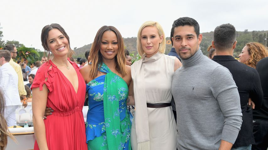 Mandy Moore, Garcelle Beauvais, Rumer Willis und Wilmer Valderrama bei einem Event in Los Angeles