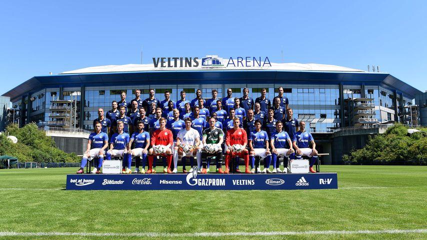 Mannschaftsfoto vom FC Schalke 04 aus der Saison 2016/2017