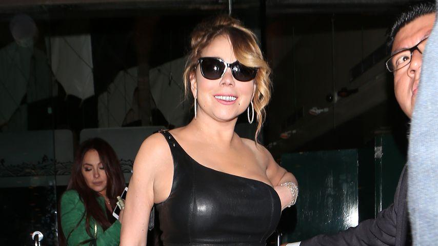 Ganz schön knackig: Mariah Carey im Lederwurst-Look