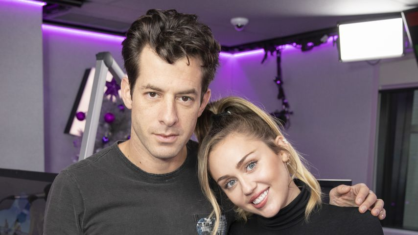 Mark Ronson und Miley Cyrus bei KISS FM in London im Dezember 2018