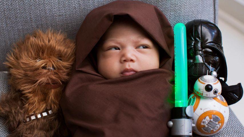 """Mini-Jedi: Mark Zuckerbergs Baby ist im """"Star Wars""""-Fieber!"""