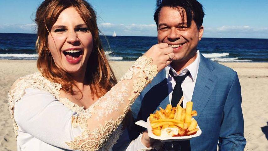 Ungewöhnliches Hochzeitsfoto: Markus Kavka hat sich getraut!