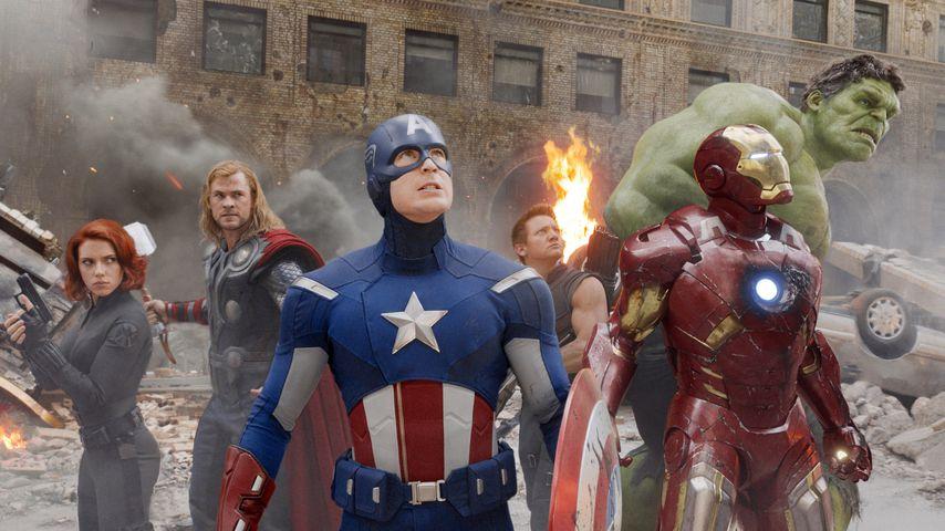 "Black Widow, Thor, Captain America, Hawkeye, Iron Man und Hulk in ""The Avengers"""