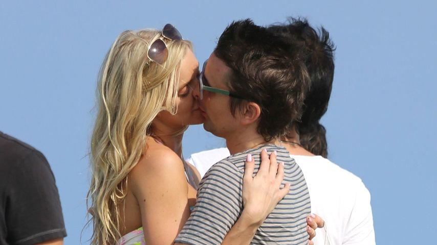 Matt Bellamy: Hier knutscht er sein Kate-Hudson-Double