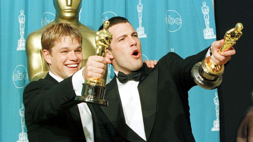 Matt Damon und Ben Affleck bei den Oscars 1998