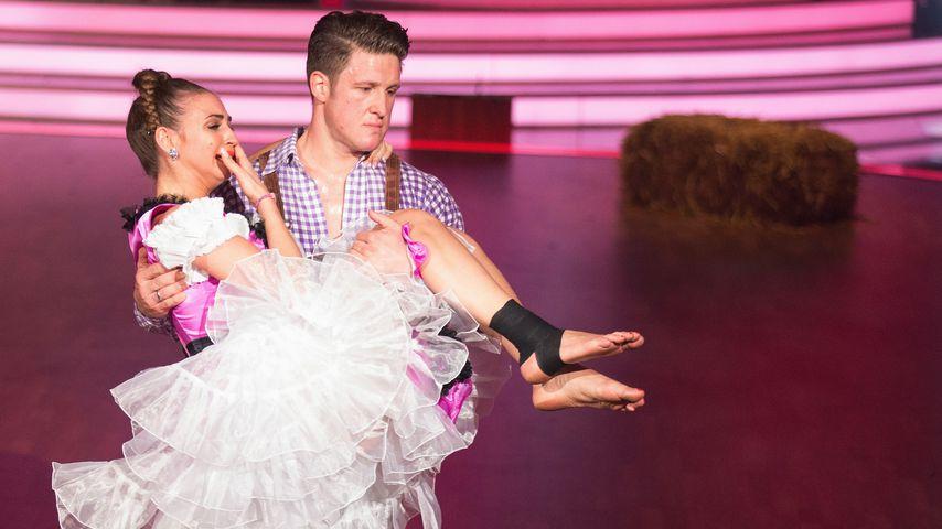 """Ekaterina Leonova und Matthias Steiner, im """"Let's Dance"""" Finale 2015"""