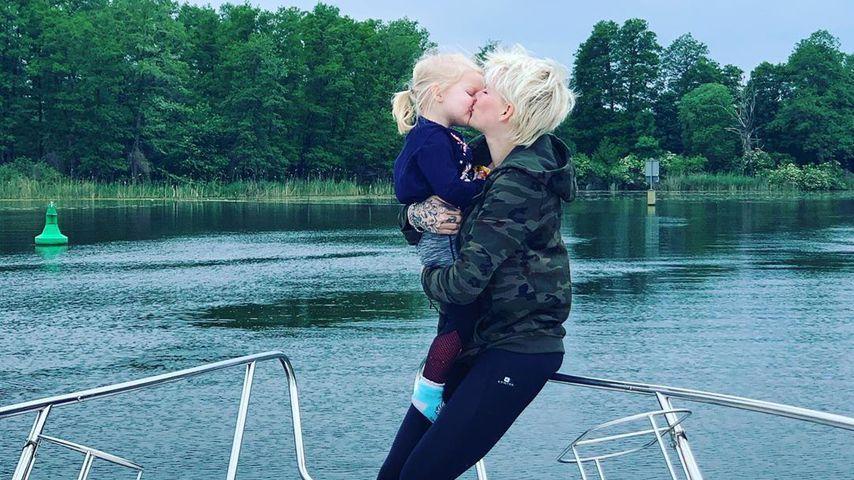 Melanie Müller und ihre Tochter Mia Rose, Mai 2020