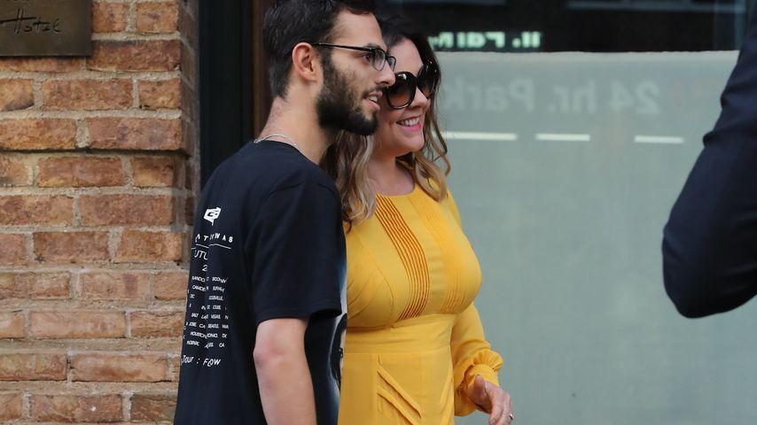 Melissa McCarthy mit einem Fan