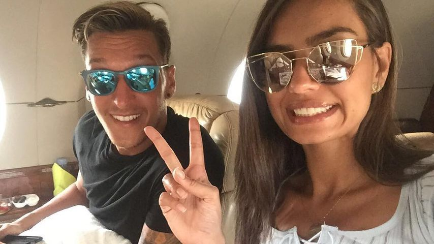 Gegen-Attacke: Mesut postet demonstrativ Paar-Pic mit Amine!