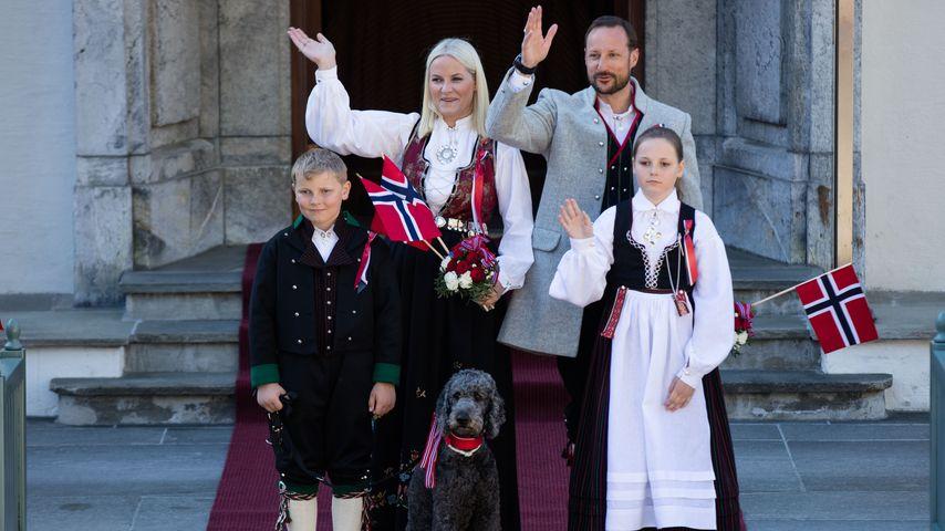 Mette-Marit, Prinz Sverre Magnus, Prinzessin Ingrid Alexandra und Kronprinz Haakon von Norwegen