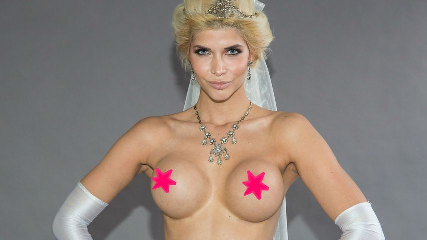 Wie Gott sie schuf: Micaela Schäfer will nackt vor den Altar