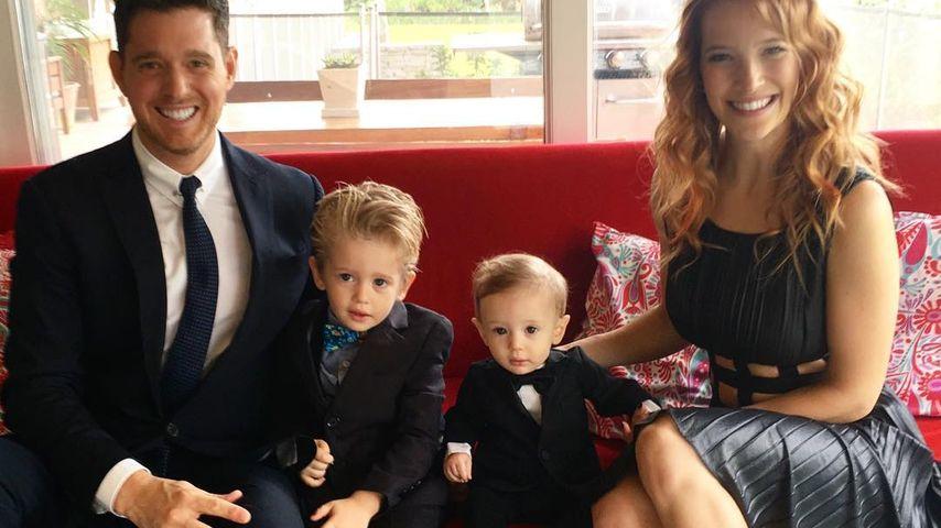 Michael Bublé, seine zwei Söhne und seine Ehefrau Luisana