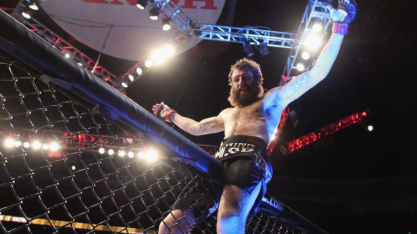 Michael Chiesa nach dem Sieg gegen Anton Kuivanen in Anaheim