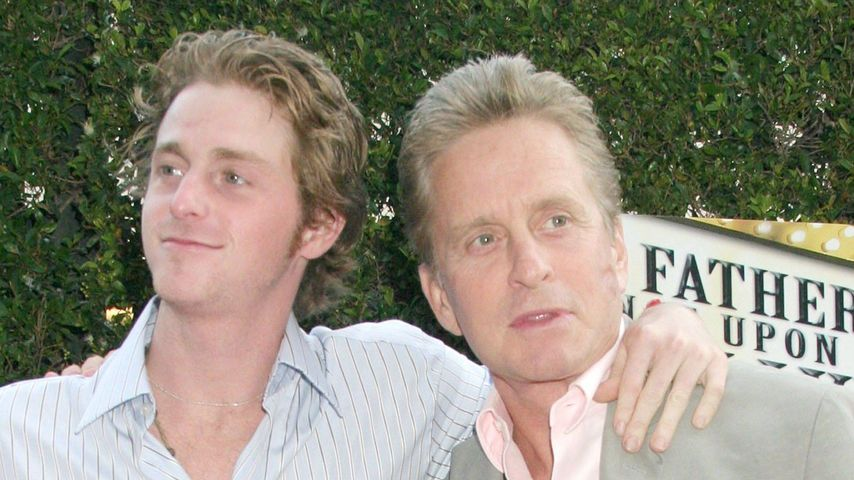 Cameron und sein Vater Michael Douglas