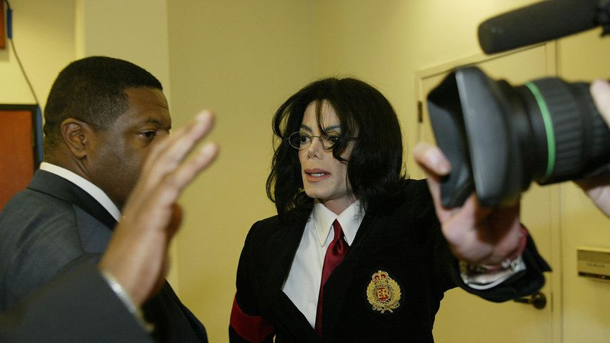 Michael Jackson im April 2004