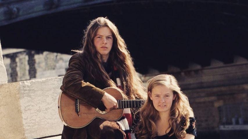 Michael Patrick Kelly und seine Schwester Barby in den 1990er-Jahren