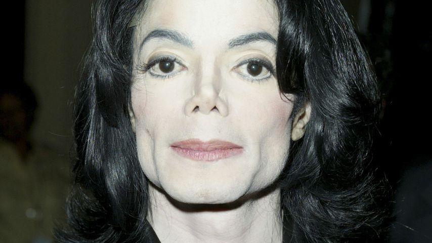 Medium sicher: Michael Jackson lebt als kindlicher Geist!