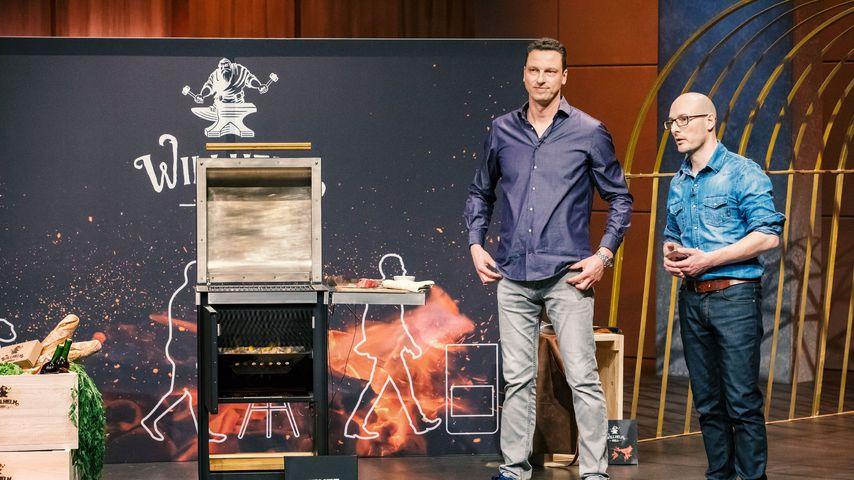 Michael Schunke und Mathias Dögel mit ihrem Willhelm Grill