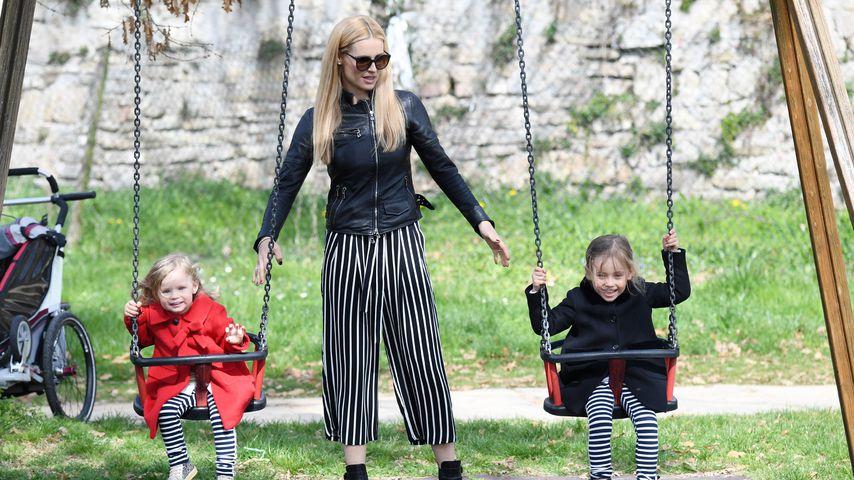 Michelle Hunziker und ihre Kinder Celeste und Sole im Park in Bergamo 2017