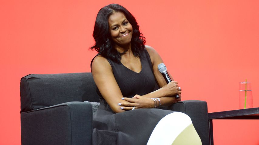 Lustige Michelle Obama: Coole Tanz-Performance mit Mini-Fan!