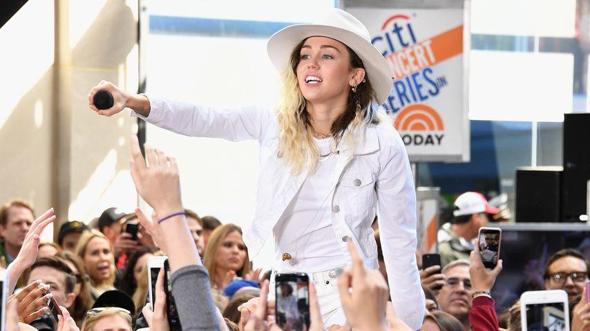 MaliBOOYA: Miley Cyrus' Song knackt die 100-Millionen-Marke!