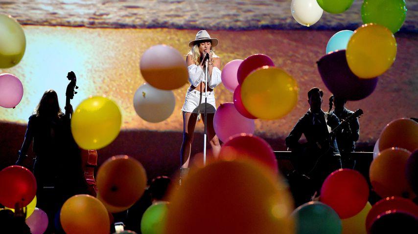 Miley Cyrus singt bei den Billboard Music Awards 2017