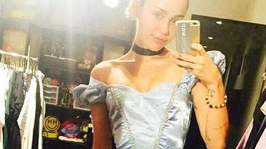 Süßes Halloween-Kostüm: Miley Cyrus geht als Cinderella