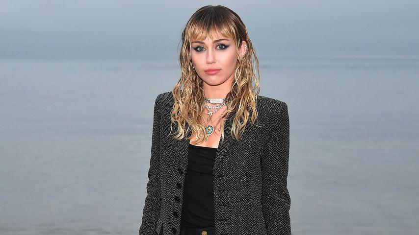 """Miley Cyrus ehrlich: Früher fühlte sie sich total """"unsicher"""""""
