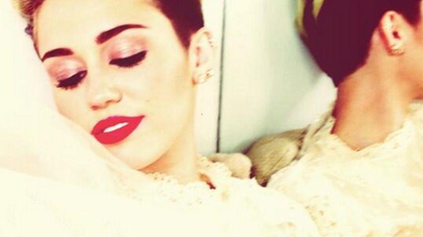 Trotz Trennung: Miley Cyrus zeigt sich als Braut