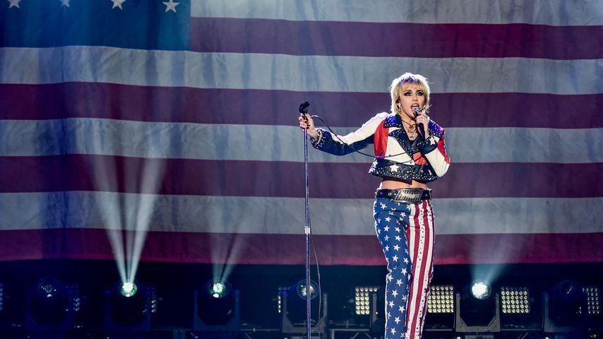"Miley Cyrus bei ""Dick Clark's New Year's Rockin' Eve"" im Dezember 2020"