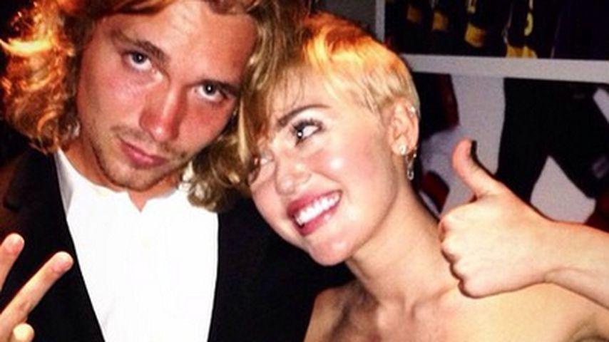 Miley Cyrus: VMA-Begleitung sorgt für Ärger!