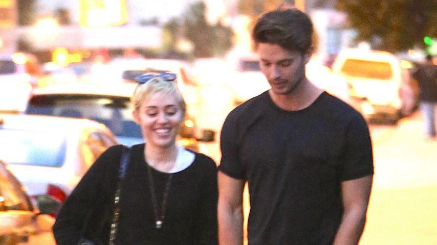 Ach! Macht Patrick seine Miley bald zur Ehefrau?