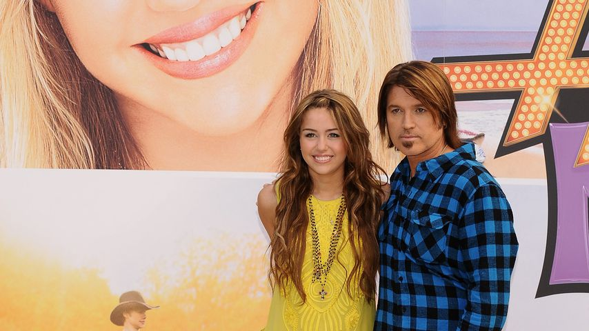 "Miley und Billy Ray Cyrus beim ""Hannah Montana: The Movie""-Photocall, 2009"